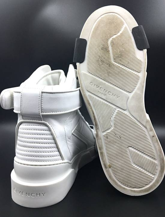 Givenchy Givenchy Black & White Tyson Style Sneakers Size US 8 / EU 41 - 4