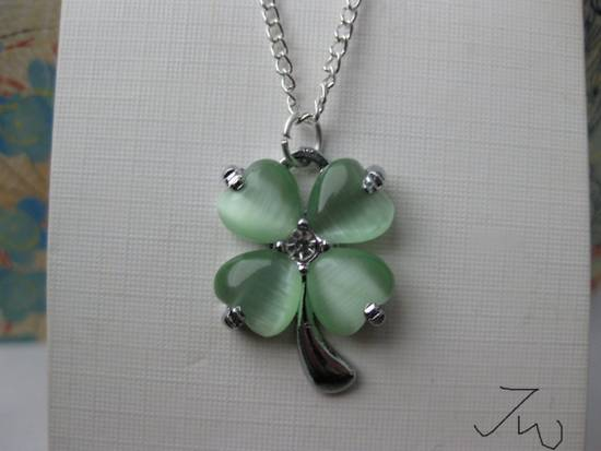Jw Green Lucky Leaf Chain Necklace Size ONE SIZE - 3