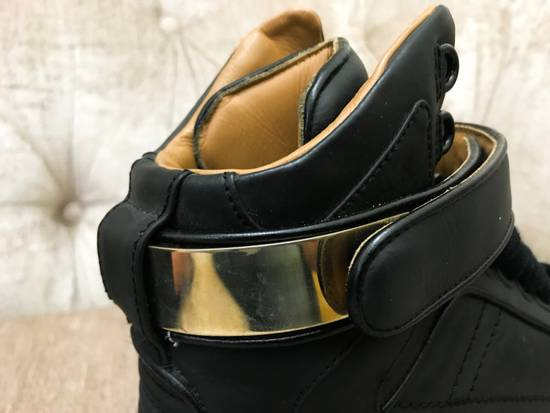 Givenchy High-Top Gold-Strap Sneaker Size US 7 / EU 40 - 7