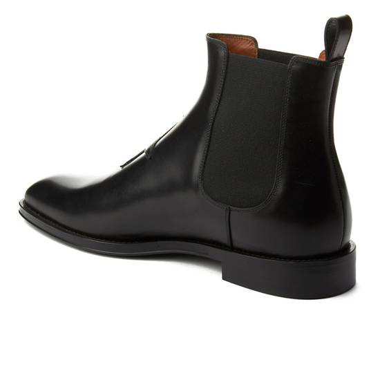 Givenchy Givenchy Men's Leather Star Patch Chelsea Boot Shoes Black Size 41 Size US 8 / EU 41 - 1