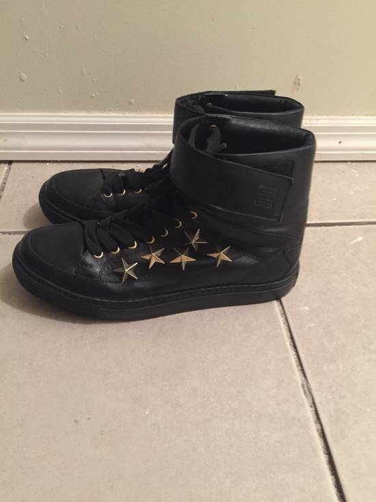 Givenchy $850 Givenchy Stars Studded High Top Sneakers Size US 8 / EU 41 - 3