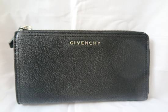 Givenchy Givenchy Pandora Logo Metal Black Leather Zip Long Wallet Size ONE SIZE - 1