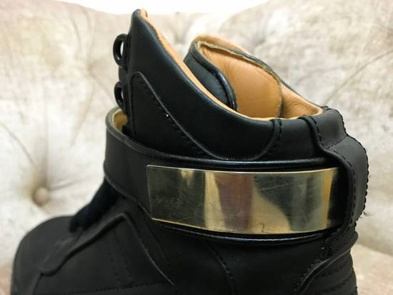 Givenchy High-Top Gold-Strap Sneaker Size US 7 / EU 40 - 9
