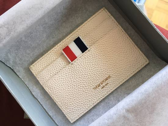 Thom Browne Off-White Diagonal Stripe Single Card Holder Size ONE SIZE