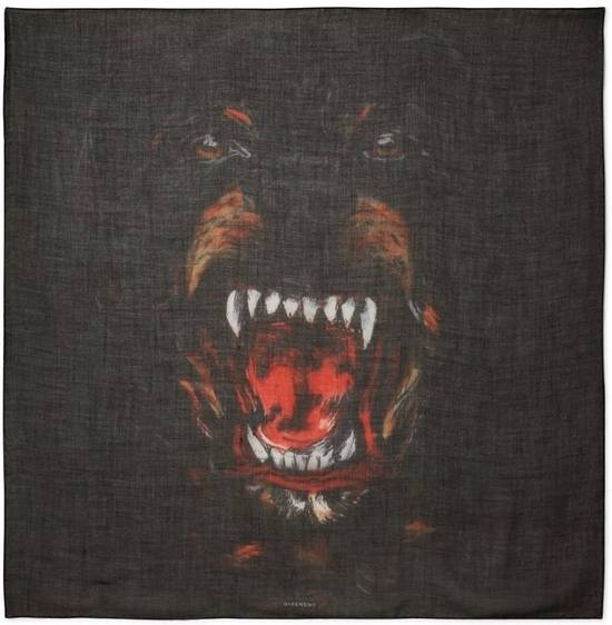 Givenchy rottweller unisex scarf silk cashmere Size ONE SIZE