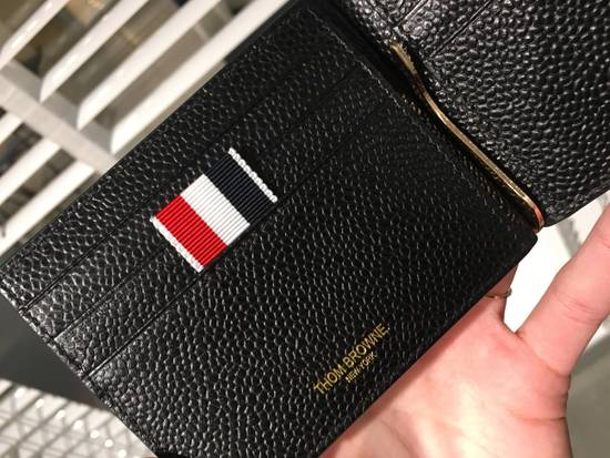 Thom Browne Money Clip Wallet Diagonal RWB Stripe in Pebble Grain + Calf leather Size ONE SIZE - 4