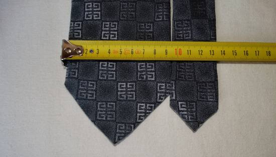 Givenchy Givenchy grey squarred G stripped tie made in Italy 100% silk Size ONE SIZE - 3