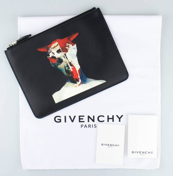 Givenchy Black Leather Longhorn Medium Zip Pouch Bag Size ONE SIZE