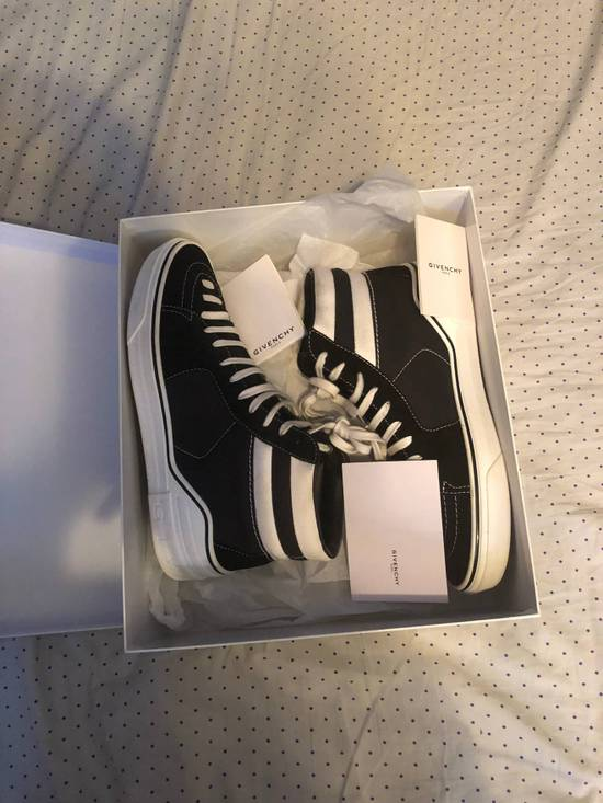 Givenchy GIVENCHY High Top Sneaker Size US 9 / EU 42 - 10