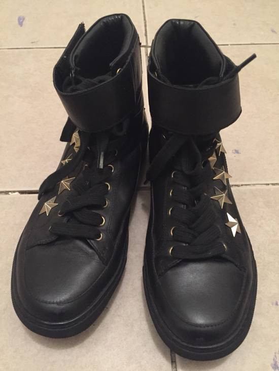 Givenchy $850 Givenchy Stars Studded High Top Sneakers Size US 8 / EU 41 - 9