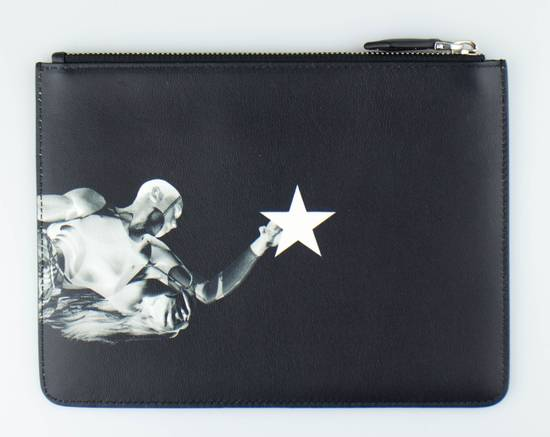 Givenchy Black Leather Star Athlete Medium Zip Pouch Bag Size ONE SIZE - 1