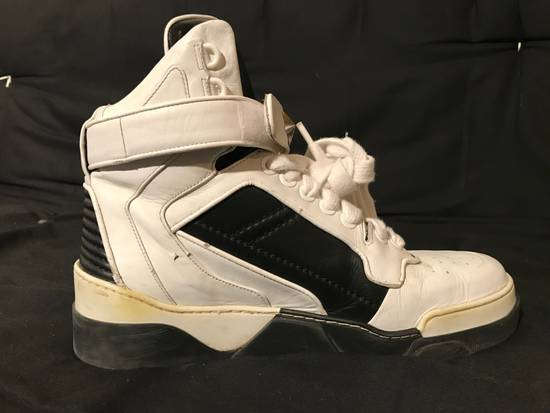 Givenchy GIVENCHY Tyson Star Hi Top Sneakers Size US 9 / EU 42 - 4