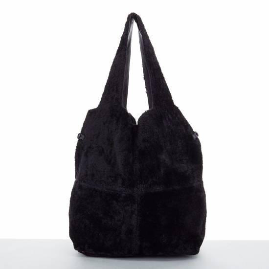 Givenchy GIVENCHY TISCI black reversible leather shearling fur oversize hobo shoulder bag Size ONE SIZE - 2