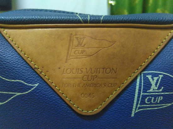 Louis Vuitton RARE AUTHENTIC LV CUP SAN DIEGO SAP SHOULDER BAG Size ONE SIZE - 2