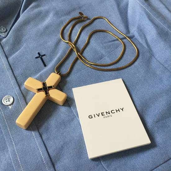 Givenchy 1976 Runway Jesus Piece Pendant Chain Size ONE SIZE - 2