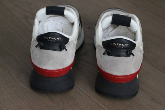 Givenchy Givenchy Runners Light Grey Size US 6 / EU 39 - 3