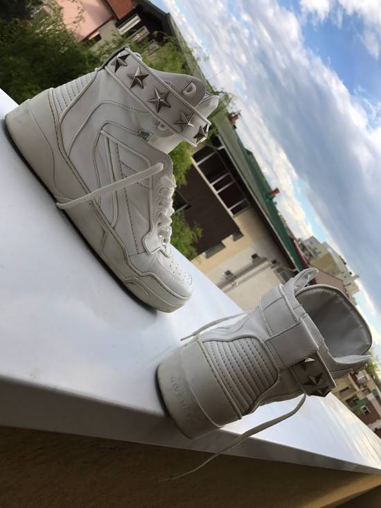 Givenchy Givenchy white High Tops Size US 9 / EU 42 - 1