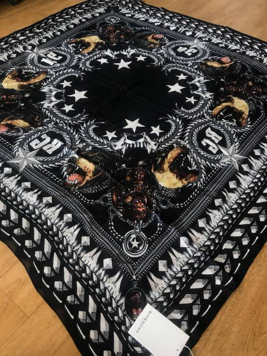 Givenchy Givenchy Scarf Size ONE SIZE - 2