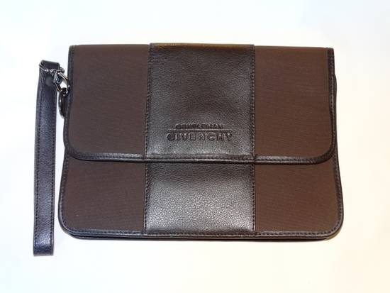 Givenchy Givenchy gentleman documents pouch case brown wine leather MINT made in Italy Rare Size ONE SIZE