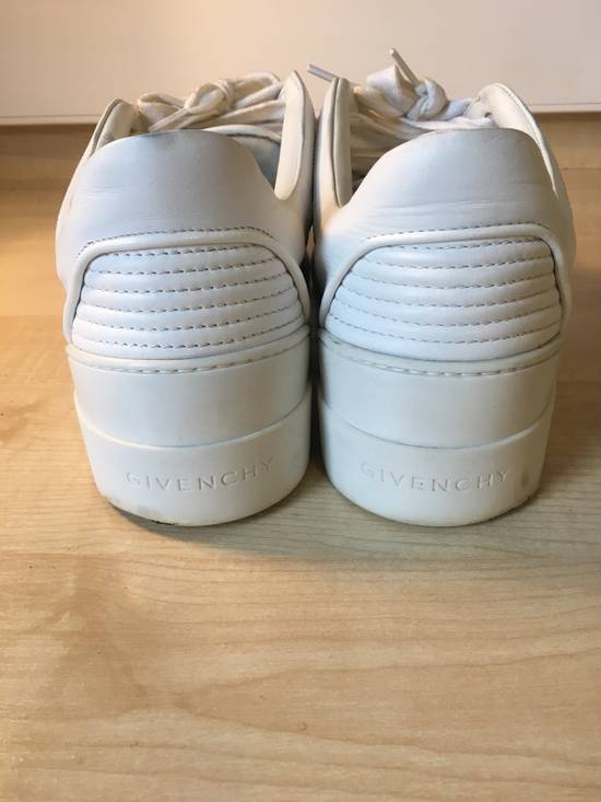 Givenchy Givenchy Tyson Low Tops Size US 9 / EU 42 - 8