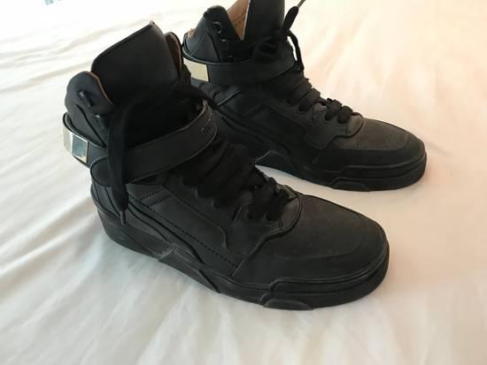 Givenchy Guvenchy Sneaker Size US 11 / EU 44