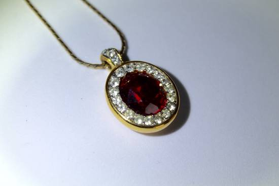 Givenchy Gold Plated Red Crystal Necklace Size ONE SIZE - 4