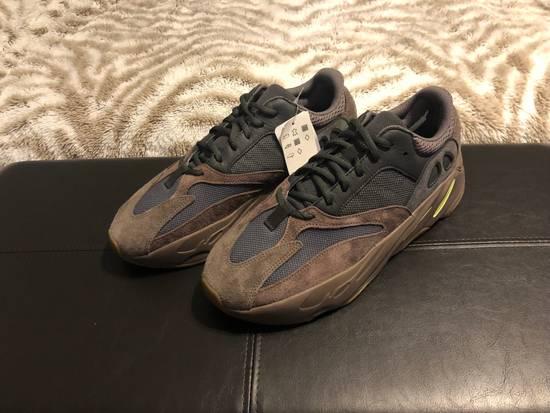 85be8dcd9 Adidas Kanye West Yeezy 700 Boost Waverunner Mauve Ds Size US 12   EU 45 ...
