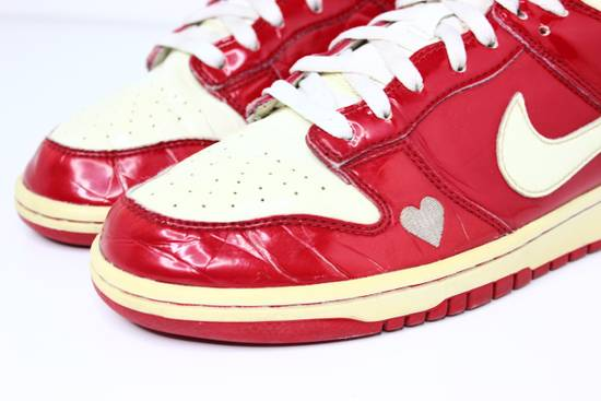 Nike 2004 Nike Dunk Low Valentines Day Size US 9.5 / EU 42-43 - 12