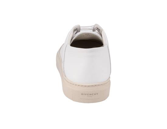 Givenchy Brand New Givenchy Logo Star Low Top In White Size US 7 / EU 40 - 3