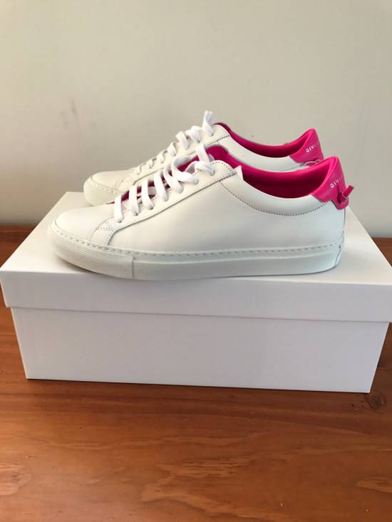 Givenchy Givenchy Woman's Low Top Sneakers Size US 7.5 / EU 40-41 - 2