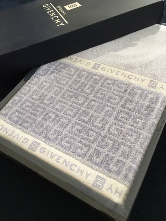 Givenchy Givenchy Decorative Towels Size ONE SIZE - 1