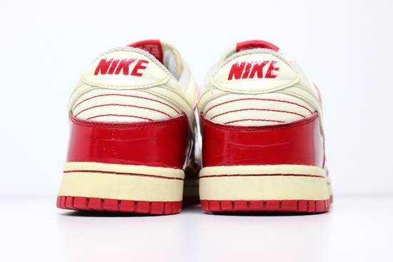 Nike 2004 Nike Dunk Low Valentines Day Size US 9.5 / EU 42-43 - 8