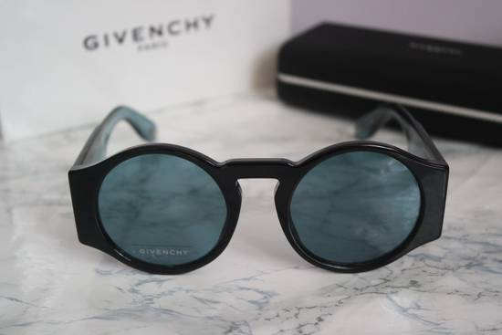 Givenchy NEW Givenchy GV 7056/S Blue Black Tint Lens Round Frame Sunglasses Size ONE SIZE - 4