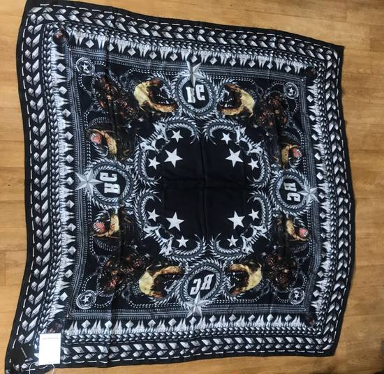 Givenchy Givenchy Scarf Size ONE SIZE - 1