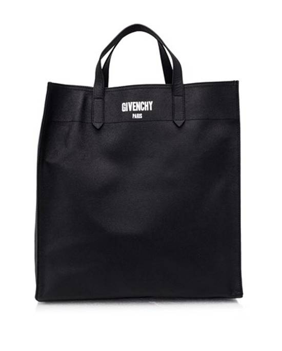 Givenchy Givenchy CI Tote Size ONE SIZE
