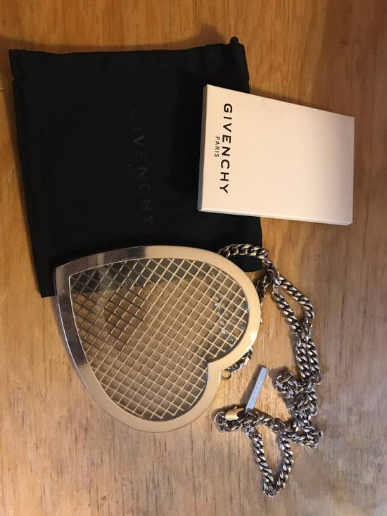 Givenchy Givenchy Heart Necklace Size ONE SIZE - 3