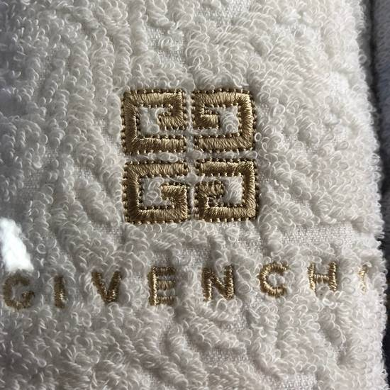 Givenchy Hand Towel Set Size ONE SIZE - 3