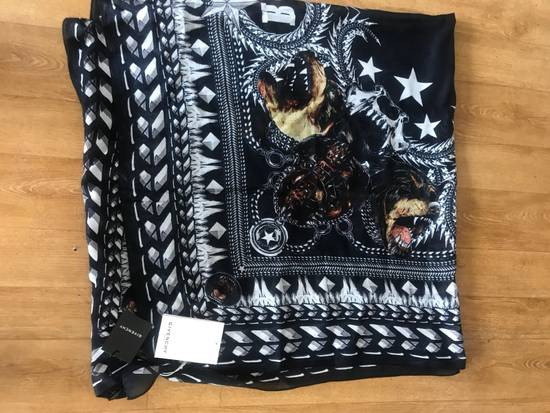 Givenchy Givenchy Scarf Size ONE SIZE