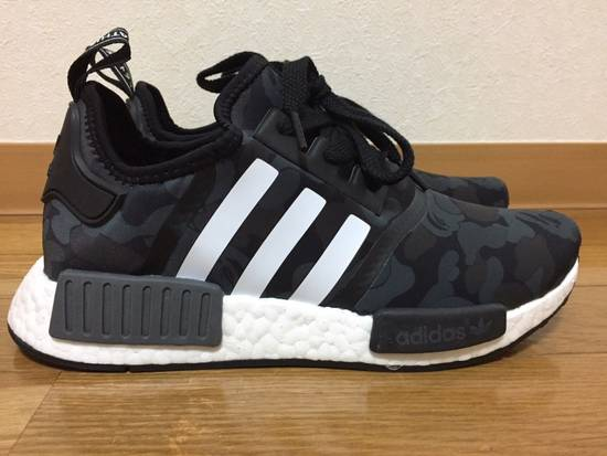sports shoes 31ec7 c9e5a ADIDAS NMD R1 BAPE A BATHING APE BLACK CAMO sz 8