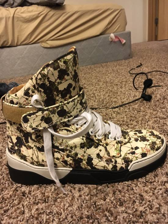 Givenchy Givenchy Floral High Top Sneakers Size US 10 / EU 43 - 2