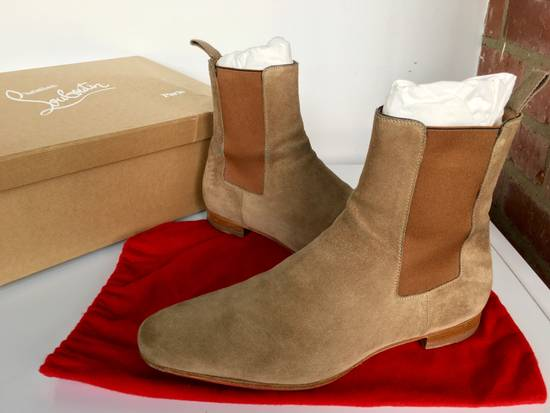 sports shoes e25eb a4031 Roadie Flat Camel Suede Chelsea Boots