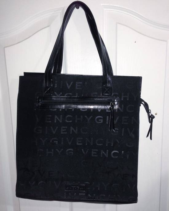 "Givenchy Givenchy ""parfumes"" Tote Size ONE SIZE"