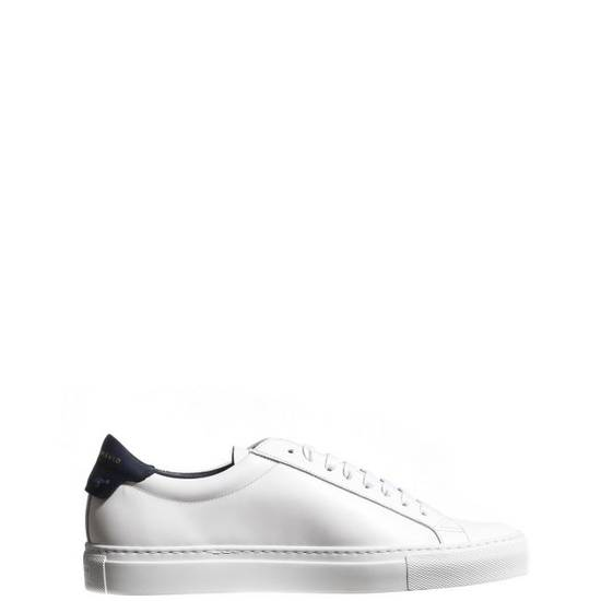 Givenchy LOW SNEAKERS IN LEATHER with navy blue leather inset and knots on the back Size US 11 / EU 44 - 1