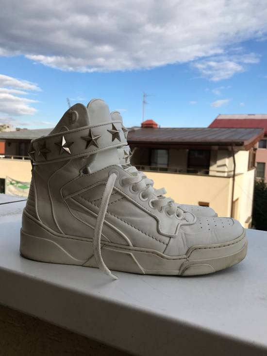 Givenchy Givenchy white High Tops Size US 9 / EU 42 - 4