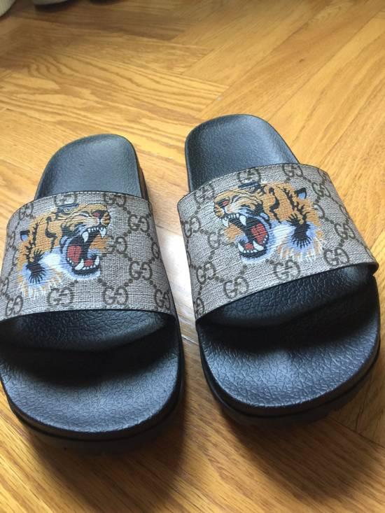 71f8c005838f Gucci GG Supreme Tiger Slide Sandal Size 11 - Sandals for Sale - Grailed