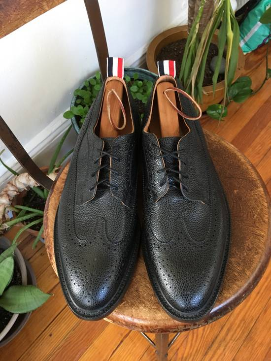 Thom Browne Classic longwing brogue in black pebble grain leather. Size US 13 / EU 46 - 3