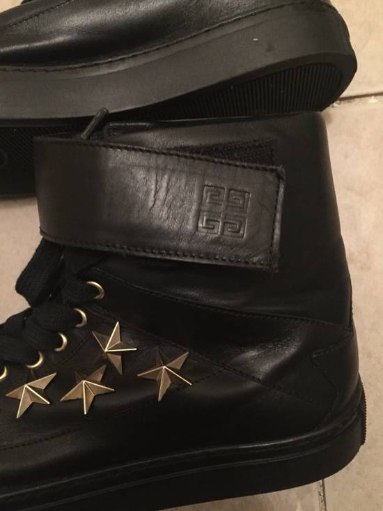 Givenchy $850 Givenchy Stars Studded High Top Sneakers Size US 8 / EU 41 - 11