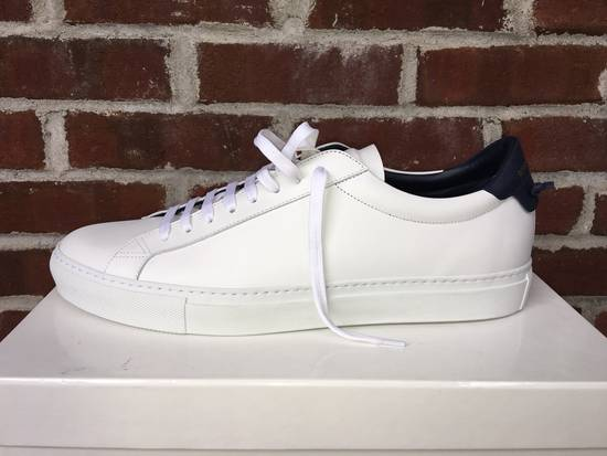 Givenchy Low Top Sneakers Size US 11.5 / EU 44-45