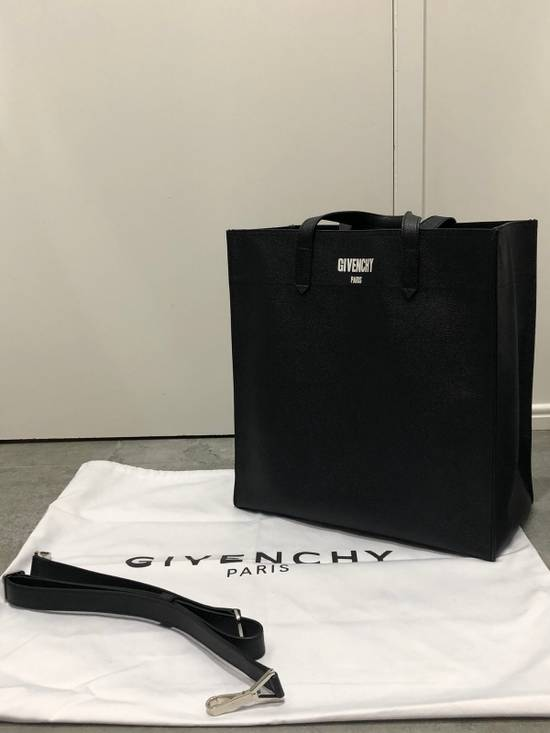 Givenchy Leather CI-Tote Bag Size ONE SIZE - 3