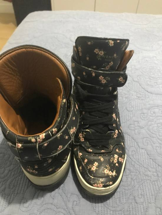 Givenchy Givenchy Hi-top Sneakers Size US 10.5 / EU 43-44